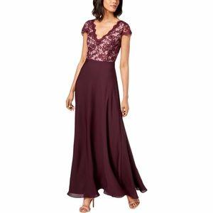 CALVIN KLEIN Floral Lace V-Neck Full Length Gown